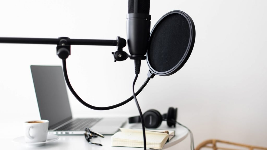 USB Mics, Podcasting from Home, mzStudios - Dallas Podcast Studios