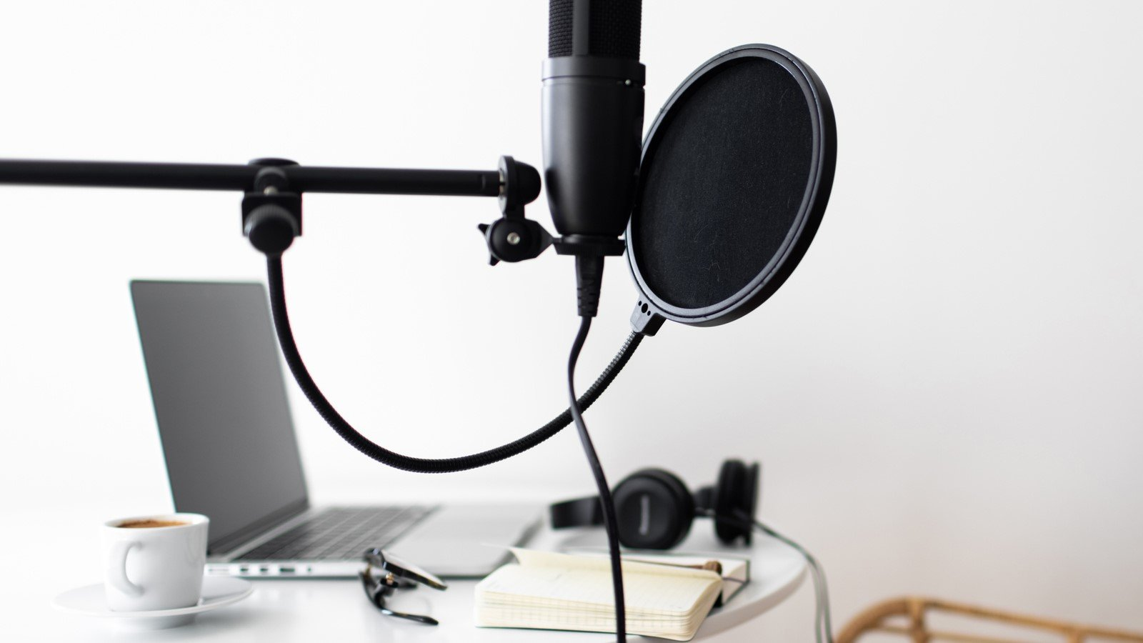 USB Mics, Podcasting from Home, mzStudios - Dallas Podcast Studios